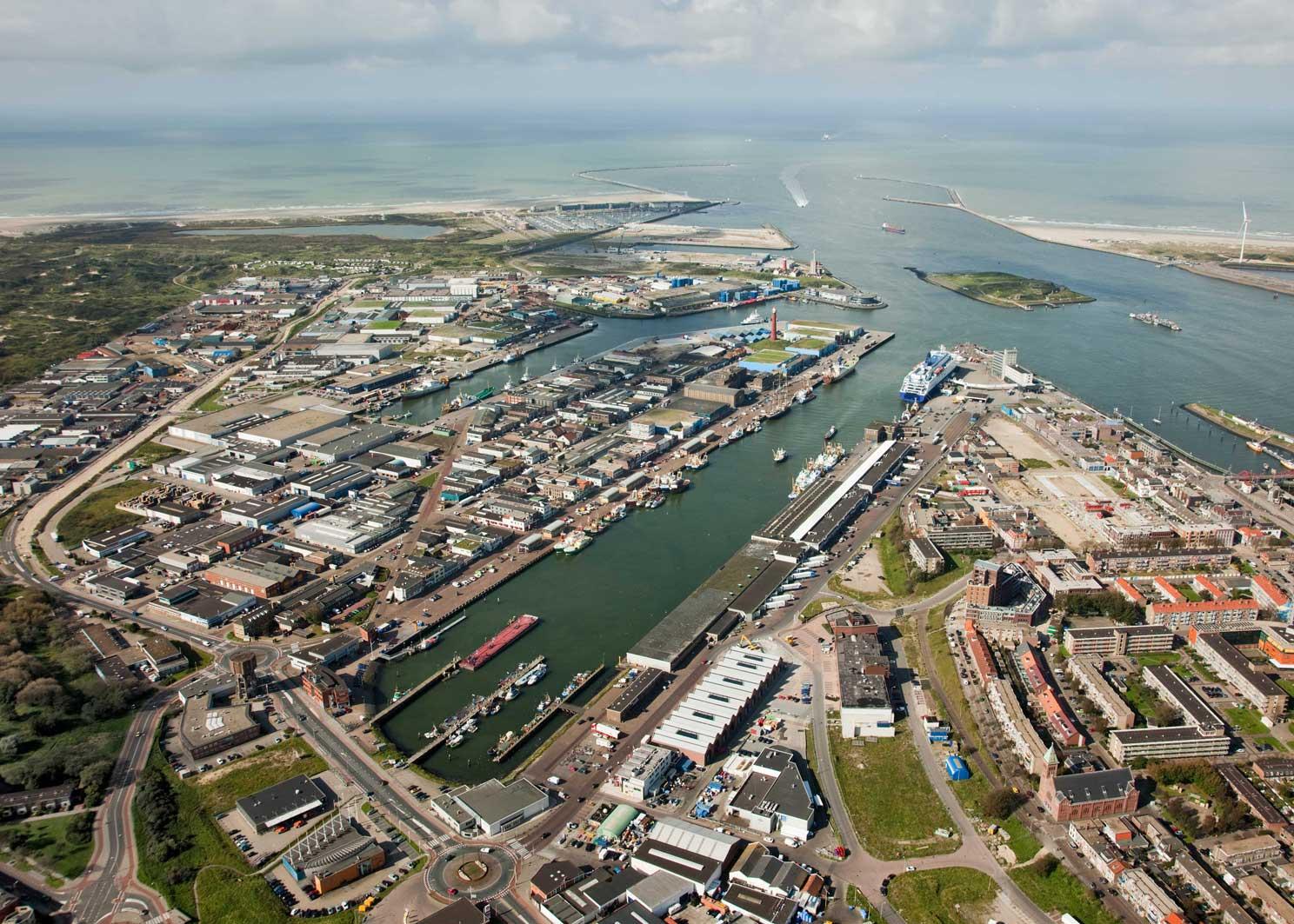 морские перевозки - порт амстердам