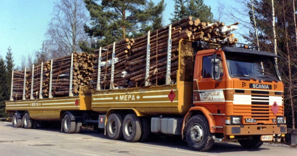 нефте-лесовоз Scania R142